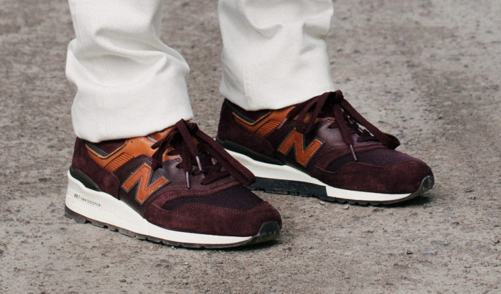 new-balance-retro-skiing-sneakers-11