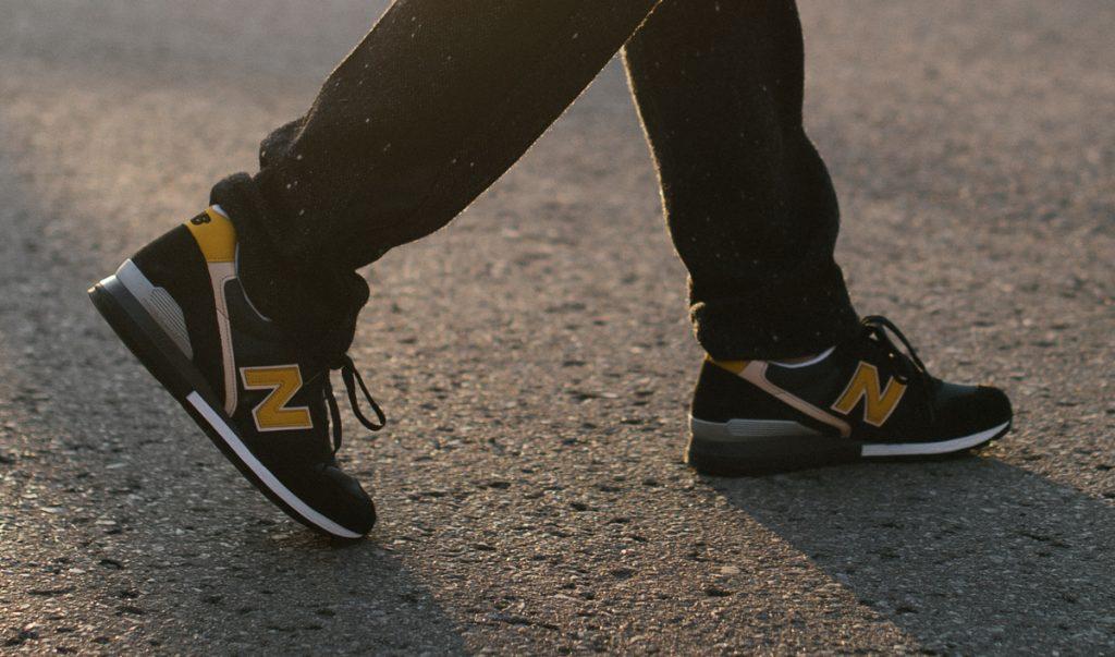 new-balance-retro-skiing-sneakers-15